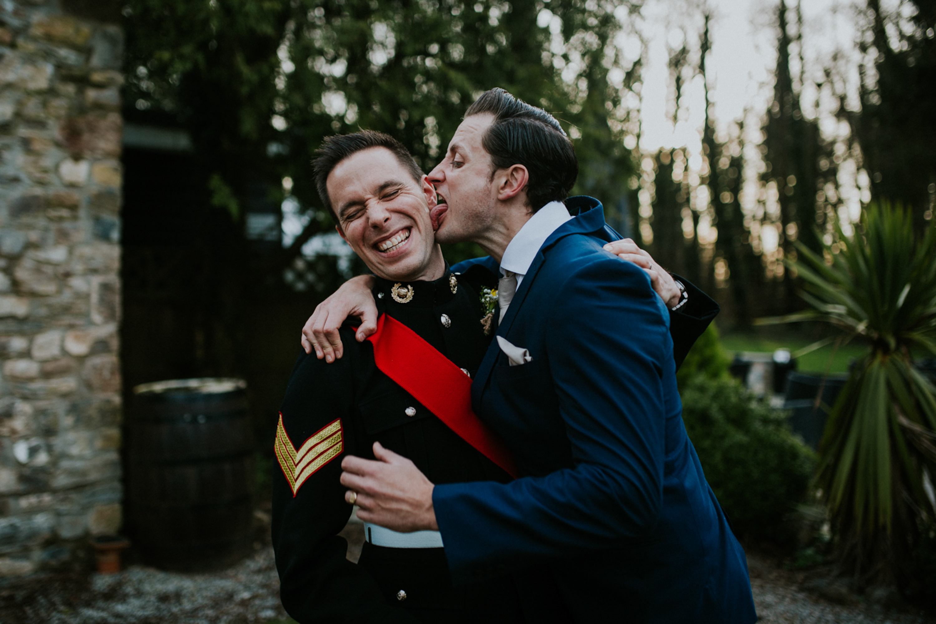 groom and best man