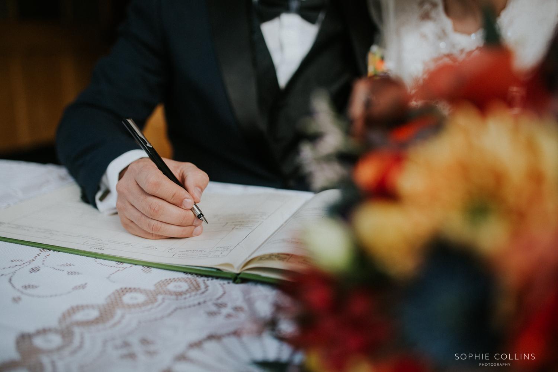 signing registrar