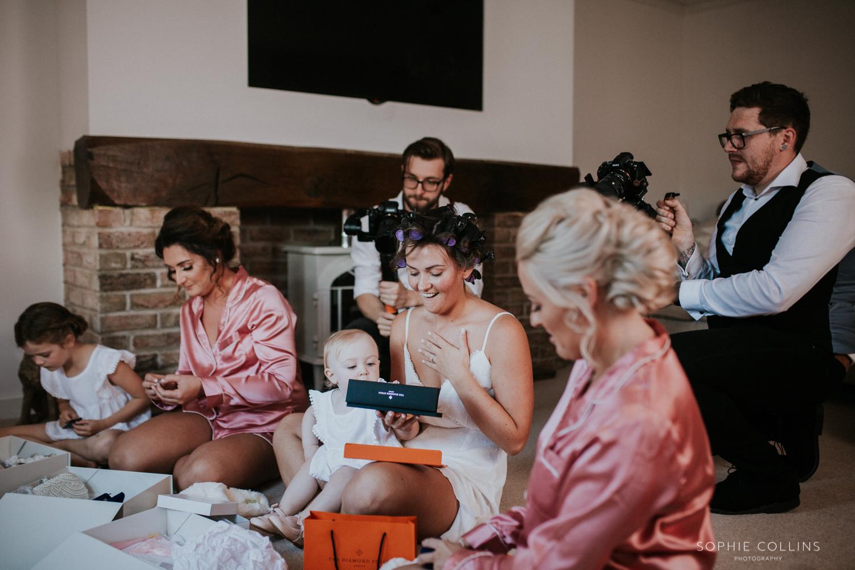 brides present