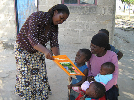 early-childhood-education-hiv-outreach3
