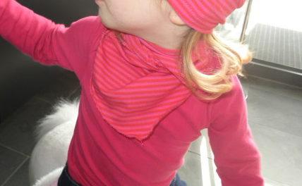 Schnittmuster Halstuch für Babys und Kleinkinder.