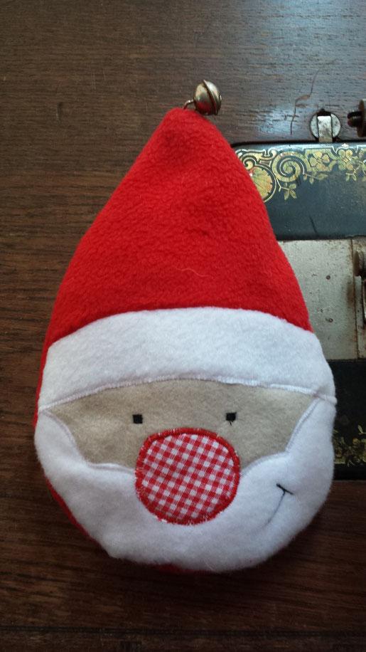 Schnittmuster Weihnachtsmann in der Kugel von Stefanie Perlenfee kostenlos