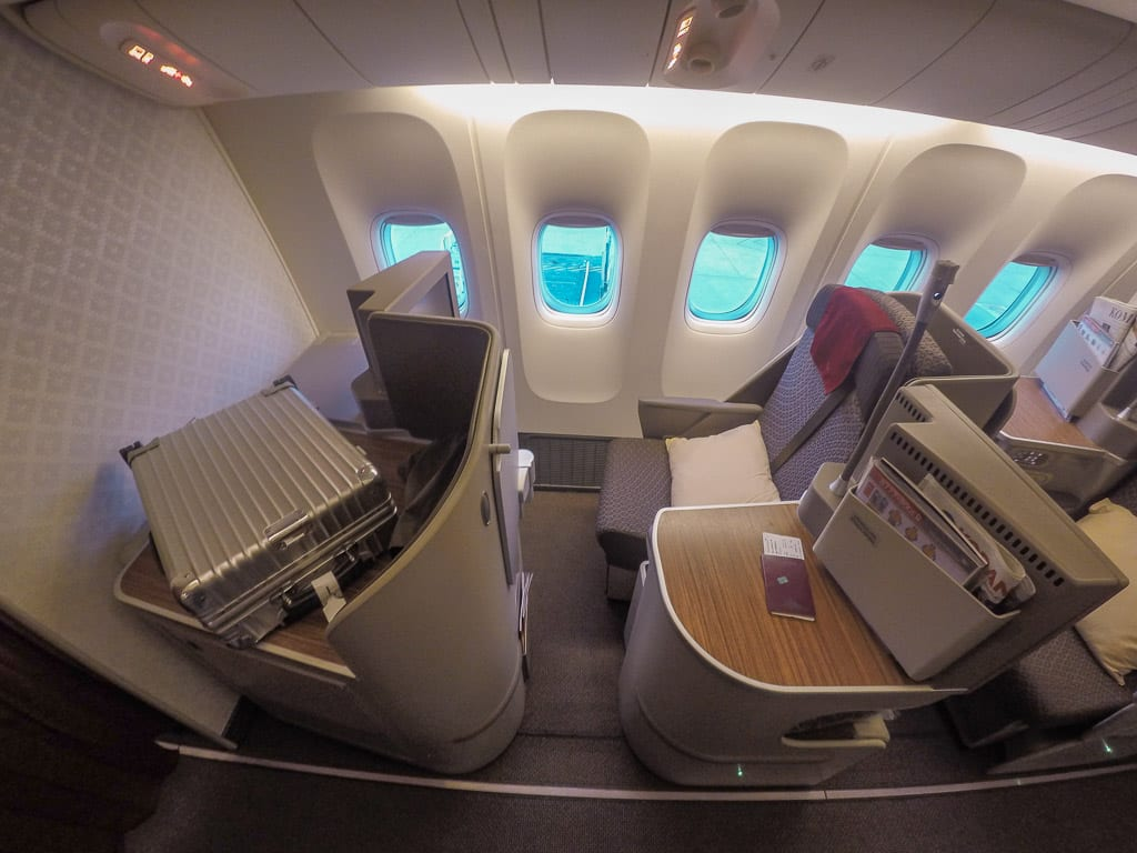 garuda mini cabin business 777
