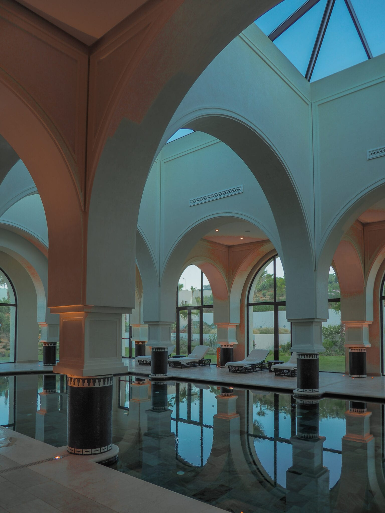 four seasons tunis spa pool