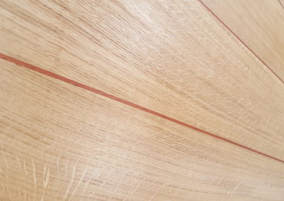 Stunning Quarter Sawn English Oak solid top feathering the red Padauk wood lines.  SASPOONER