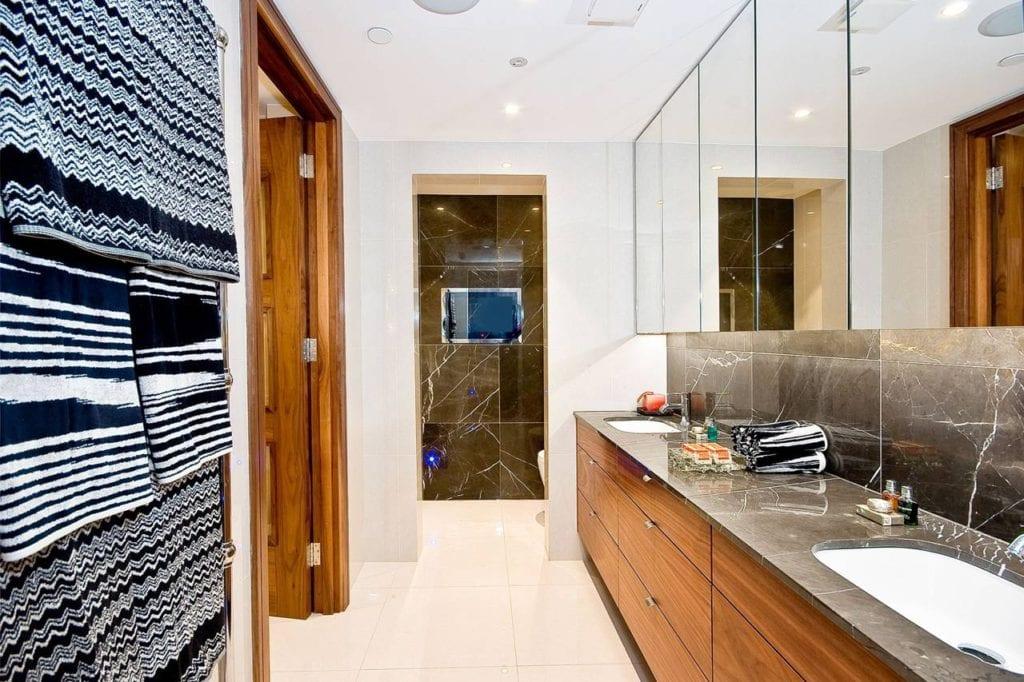 Rutland Gate – bathroom 1