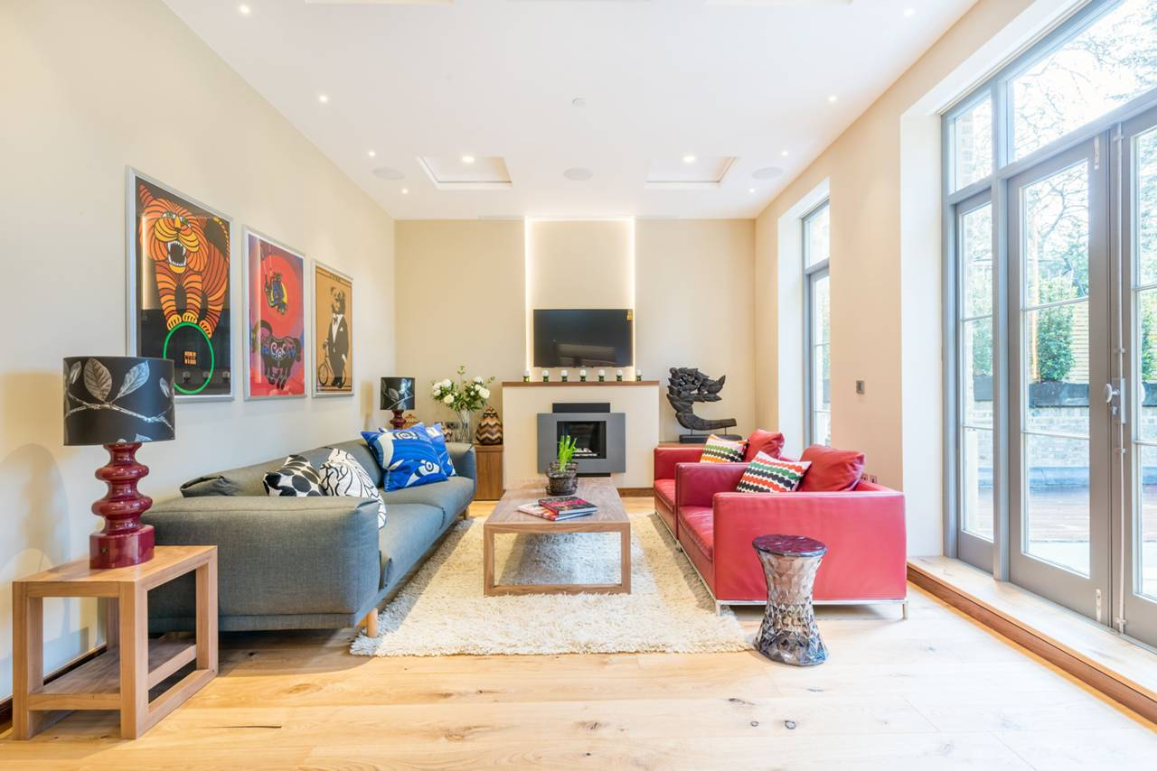 Rutland Gate – lounge and windows