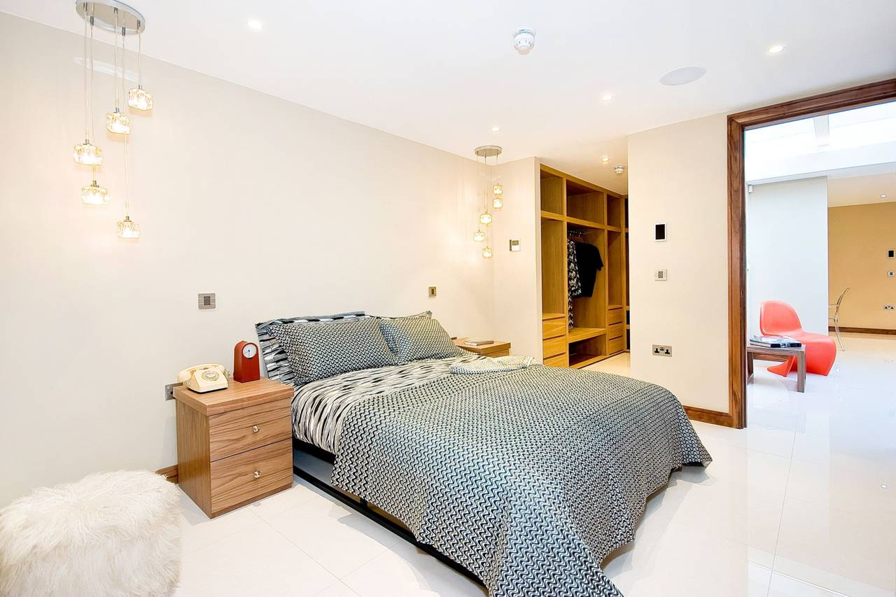 Rutland Gate – Bedroom 1