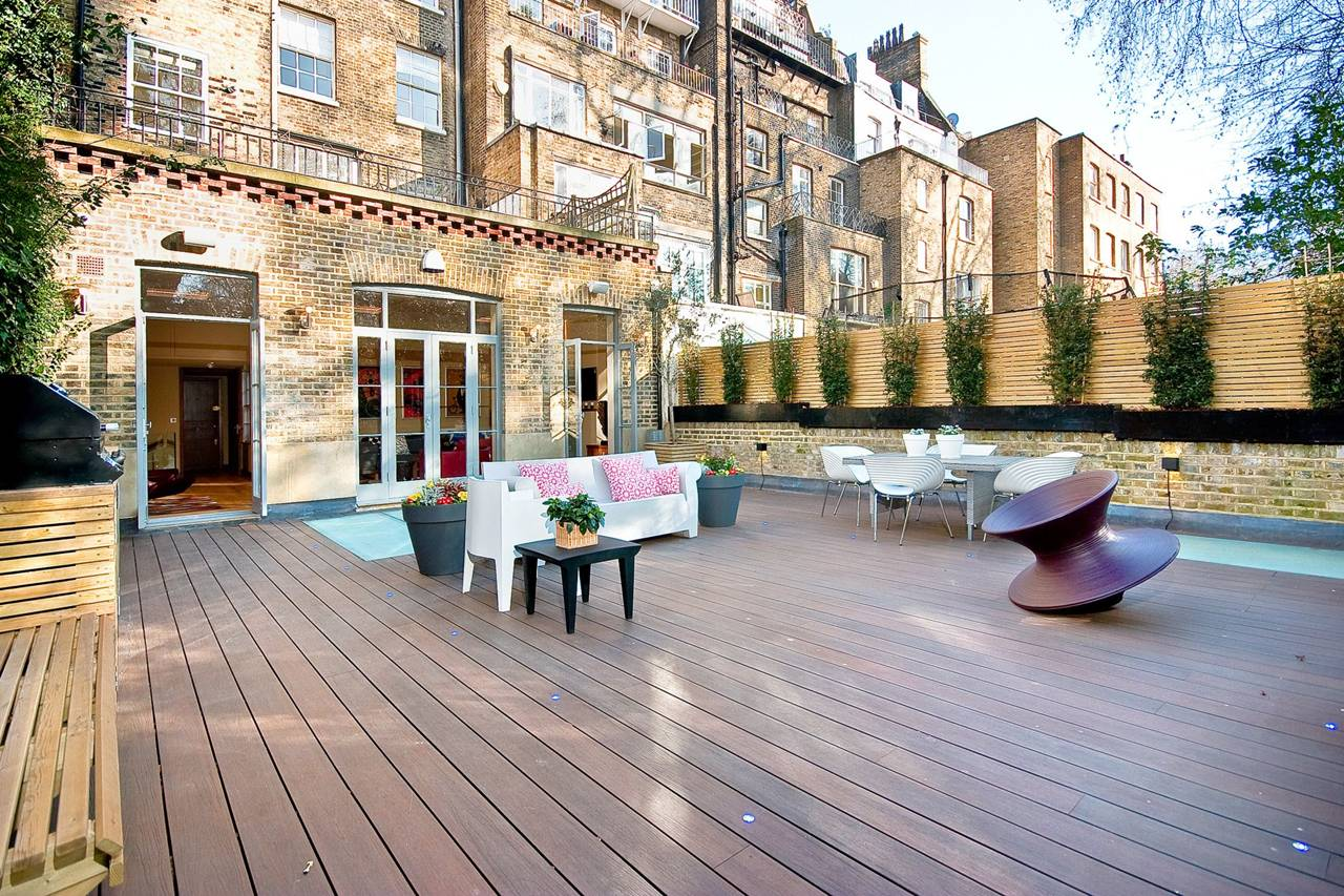 Rutland Gate – decking
