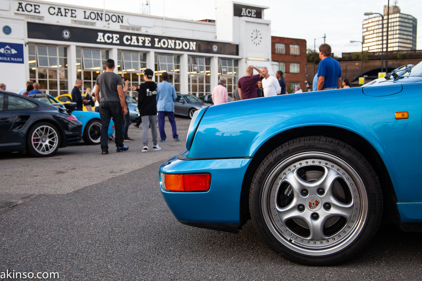 Porsche Night at The Ace Cafe – A Pictorial