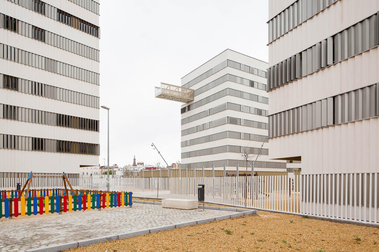 Viviendas El Porvenir. Sevilla  De La Puerta + Campo Arquitectos Asociados - Manolo Espaliú - Fotografía de Arquitectura