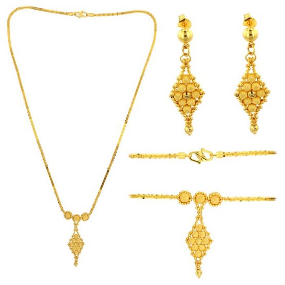 22ct Yellow Gold Necklace & Earring Set 03