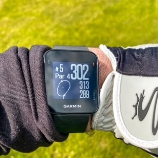The Best Value Golf GPS Watch Garmin S10