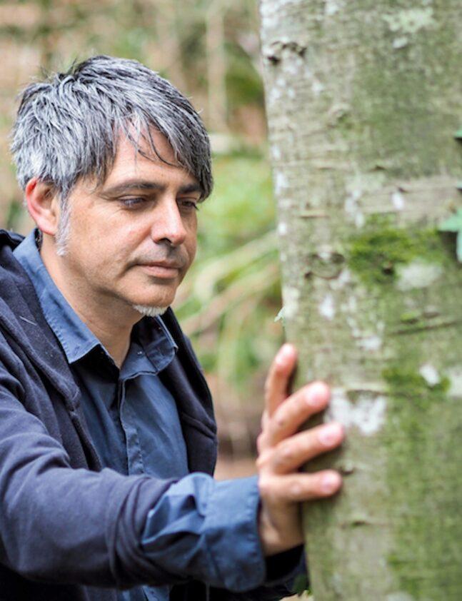 Edgar Tarrés duent a terme una sessió de Mindfulness.
