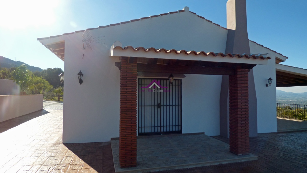 Alhaurin El Grande, Spain, 3 Bedrooms Bedrooms, ,2 BathroomsBathrooms,Villa,For Rent,1115
