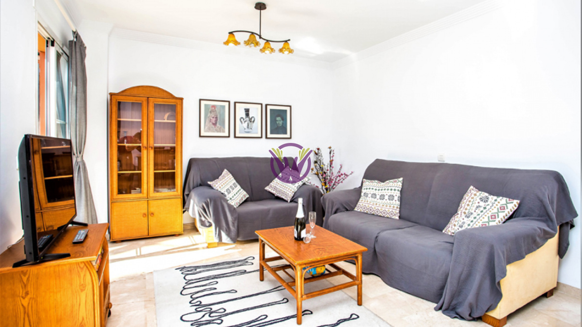 Fantastic 3 bedroom, 2 bathroom Apartment situated in Elviria, Pino Golf de Don Carlos.  €1000 pcm  Close to all Amenities, Supermarkets, Restaurantes, Banks and Public transport are all within walking distance.  Ideal if you are looking for a Golf property or would like to be near the beach! with marbella and Fuengirola also an Equal distance apart you are not short of options for entertaining.  (The apartment has recently had Brand new Sofas and a touch up)  The property comes with:  - 3 bedrooms - 2 bathrooms - Fully fitted kitchens and ware. - Fully furnished - Fiber optic internet - Huge Communal pool - Large fitted terrace with wonderful panoramic views  Contact us now for a viewing  Live In The Dream with Kosta Kasa
