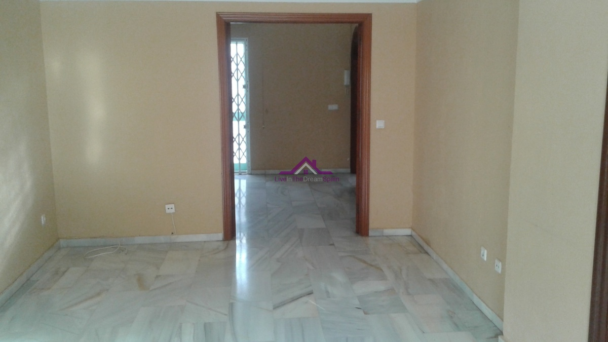 3 Bedrooms, Townhouse, For sale, 1 Bathrooms, Listing ID 1083, Spain,