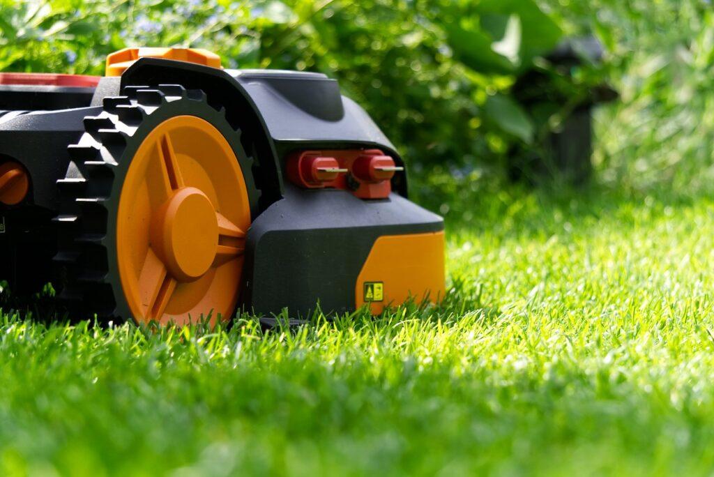 robot mower, robot, autonomous