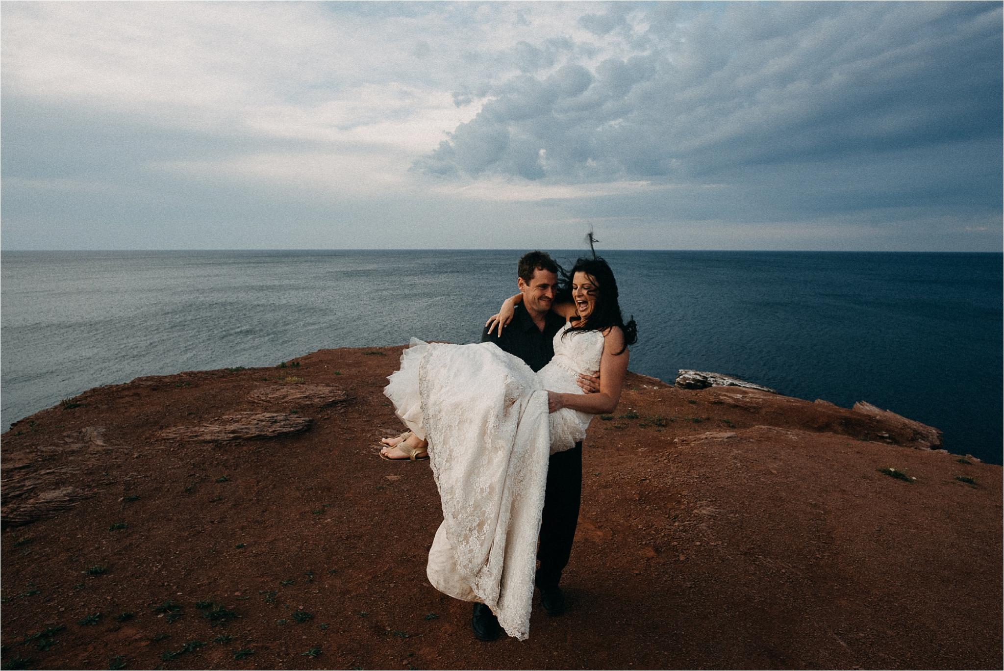 Adventure Session in Thunder Cove - Prince Edward Island Photographer - Tasha and Scott