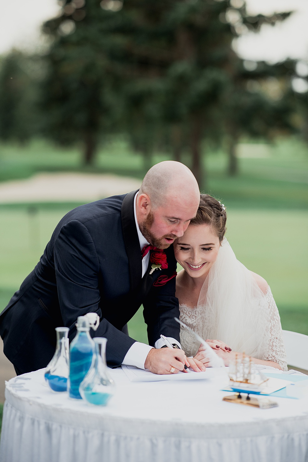 couple-signing-marriage-license