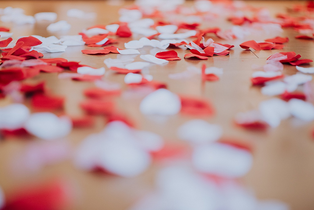 surprise-condo-proposal-edmonton-wedding-photographer