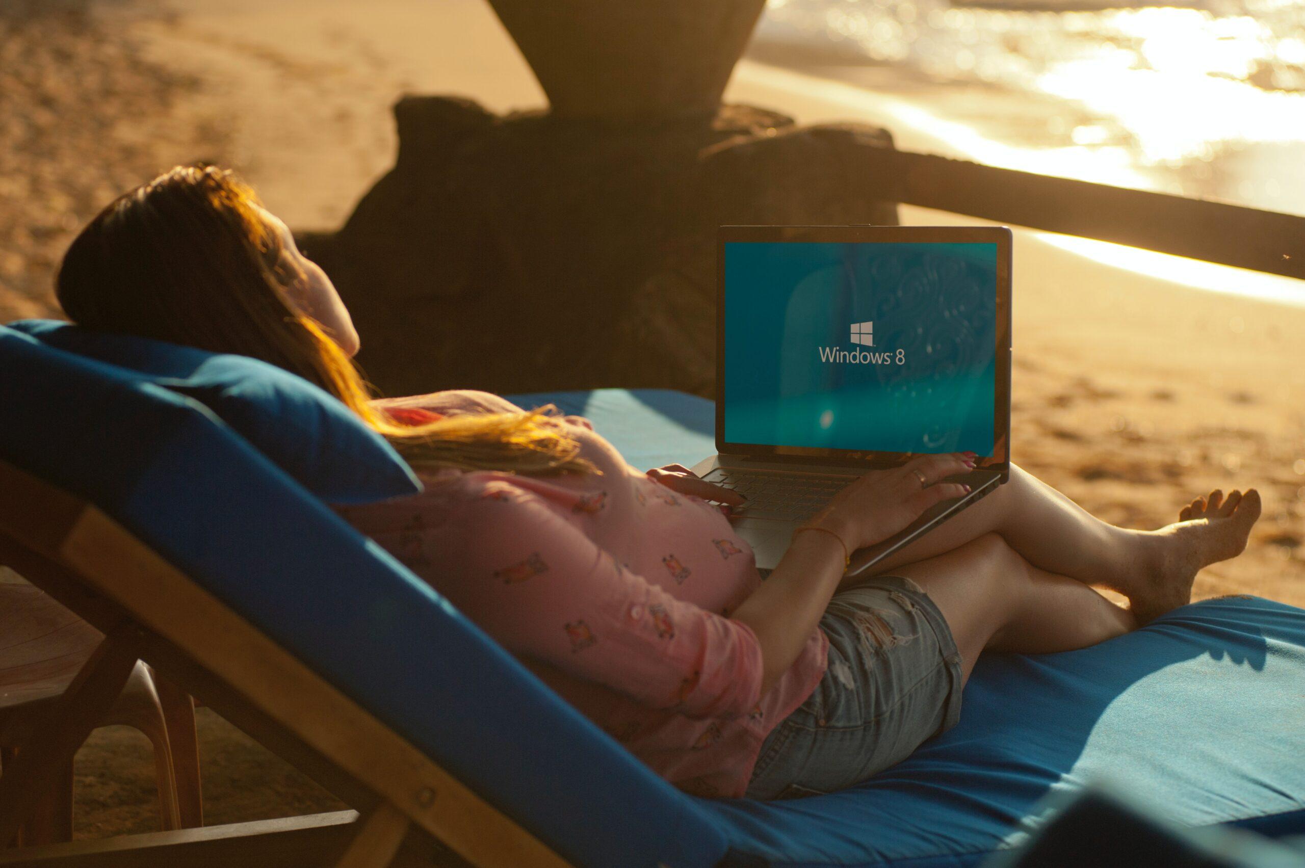 beach-beach-chair-blur-casual-319921