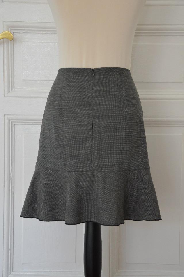 Selbstgenäht Rock mit Volant Schnitt 102 Burda November 2016 ... Sewionista.com ... Sewing ... Slow Fashion ... DIY ... Blog