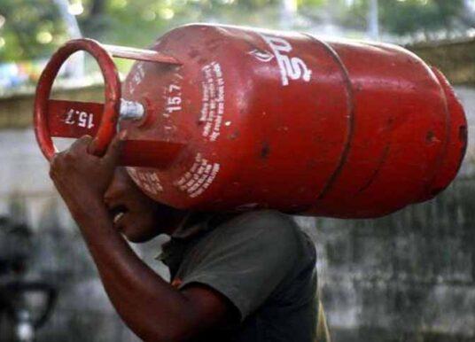 ಮತ್ತೆ ಗಗನಕ್ಕೇರಿದ LPG ಸಿಲಿಂಡರ್ ಬೆಲೆ