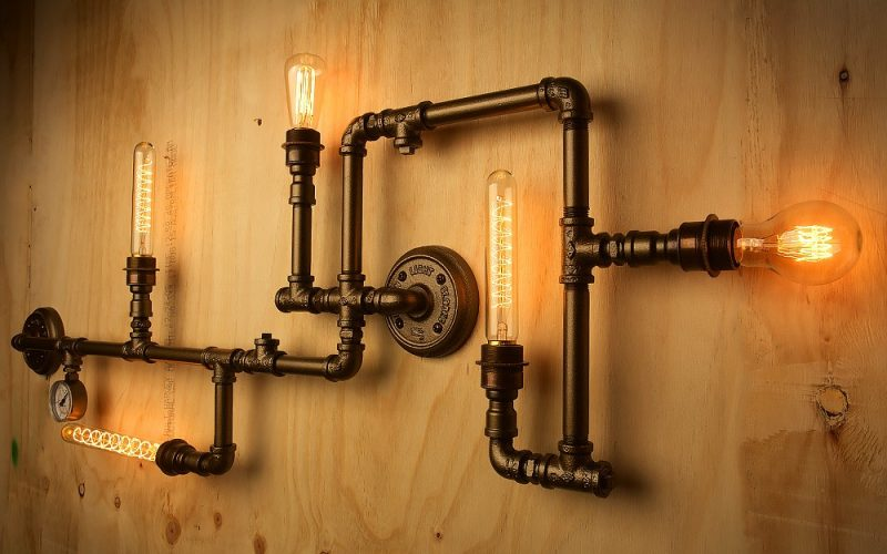 Retro Wall Lamp Made With Iron Pipe