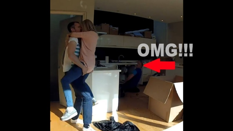 Plumber Catches Cheating Girlfriend