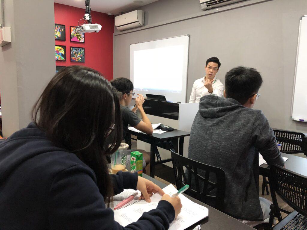 TRT教育补习中心补习班