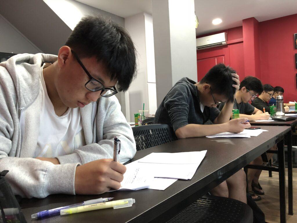 补习学生学习