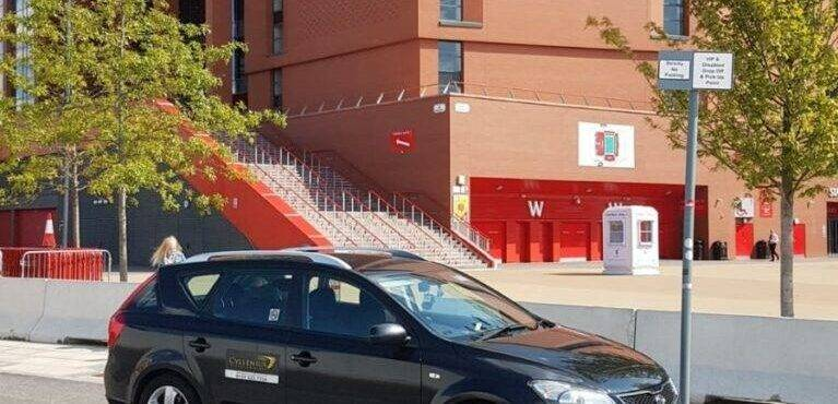 john lennon airport to anfield