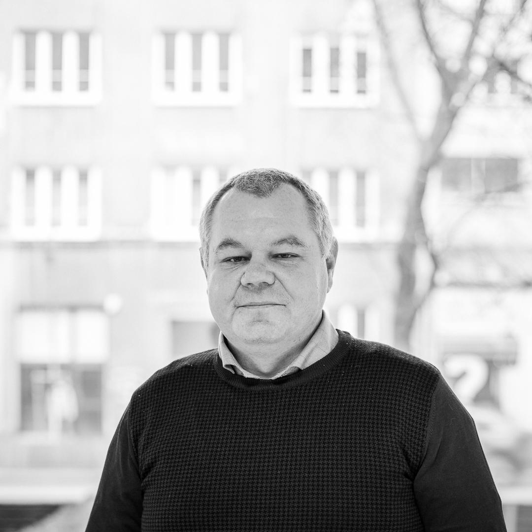 Dr Grzegorz Wylężek