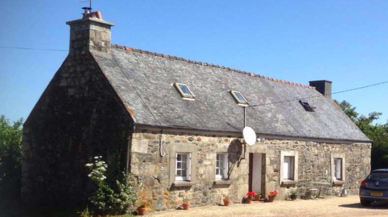€44k Gorgeous Country House For Sale In France, Loguivy-Plougras 22