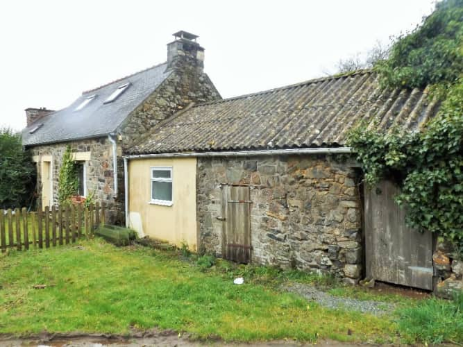 27 5k Plougonver Normandy House for Sale in France
