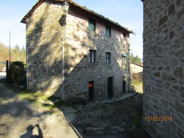 €45k Lovely Italian Stone House For Sale in the countryside- Just 25km to Florence!