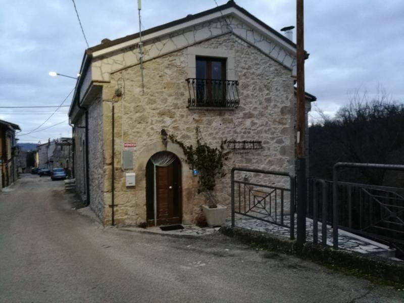 €35k Lovely Italian House For Sale in Rapino, Abruzzo,