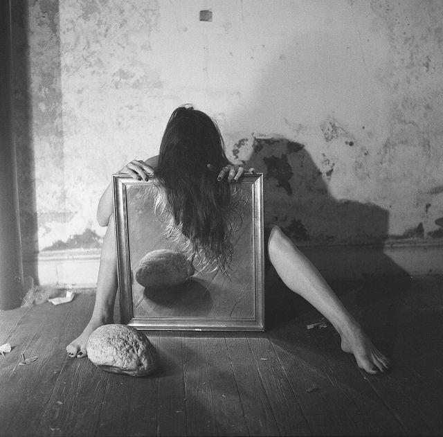 Francesca Woodman - Nude Portrait with a Mirror