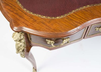 01629-elegant-french-louis-xv-style-kidney-writing-table-desk-4