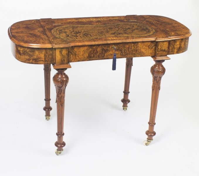 Victorian Antique Writing Desk In Burr Walnut c.1820