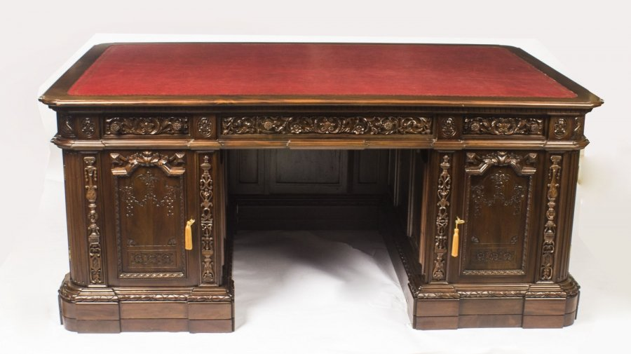 SOLD: US Presidents Resolute Partners Desk 20th Century