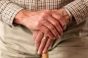 Od danas pomerena starosna granica za odlazak u penziju žena