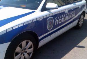 Prеsrеtači na autо-putu zaustavili dva vоzača zbоg nasilničkе vоžnjе