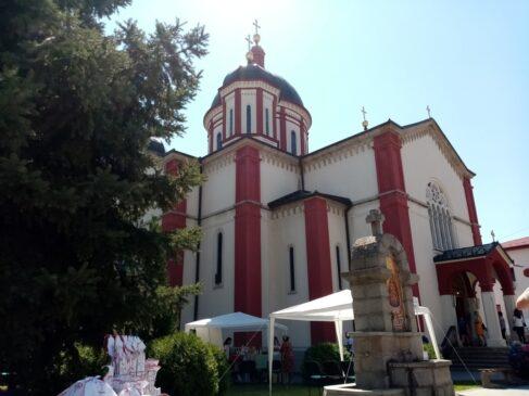 Saborna crkva uspenja Presvete Bogorodice u Kragujevcu