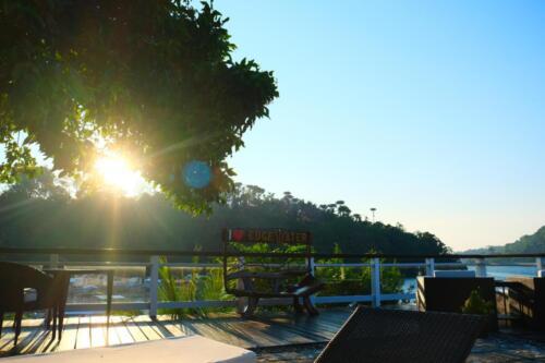 Edge water resort