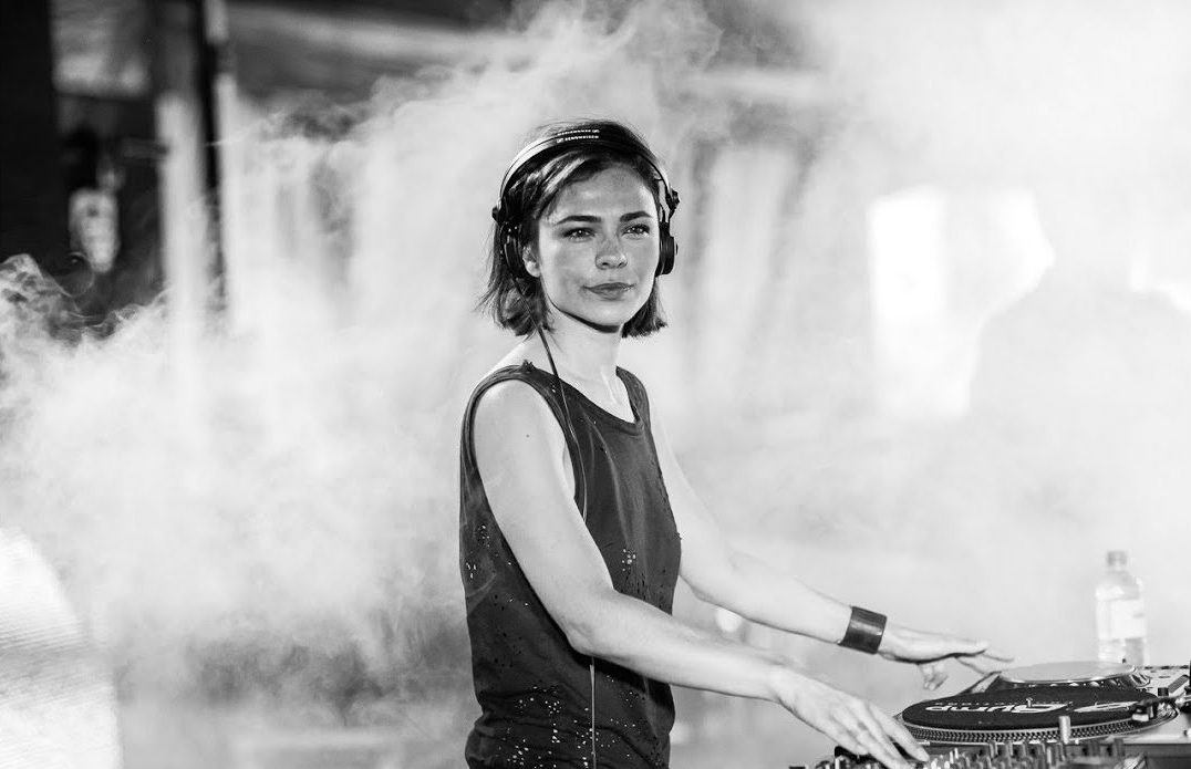 Nina Kraviz - IMPRV (Original Mix) [TECHNO] The pioneering first release of Nina Kraviz's then newly-found label трип, 'IMPRV' is a cannonade coming from a maverick DJ reaching the peak of their game. This is a banger.