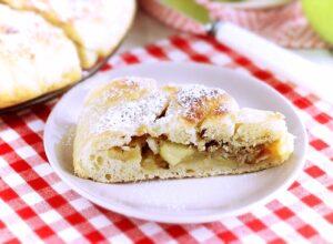 focaccia bread with apple