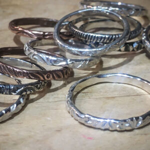 Wire patterned rings
