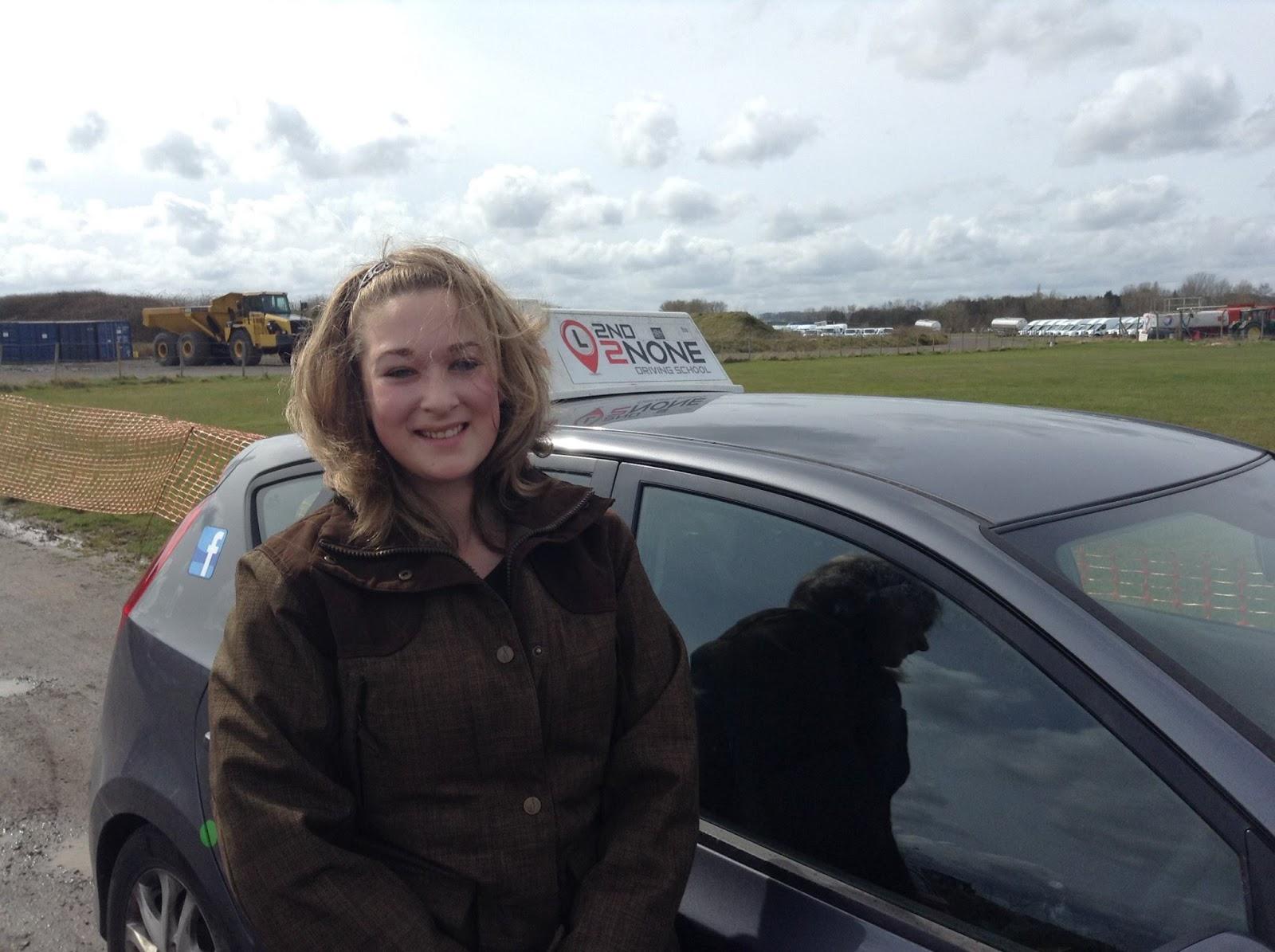 Under 17s Driving days at Henstridge Airfield